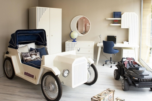 Rolls Royce Kids Room